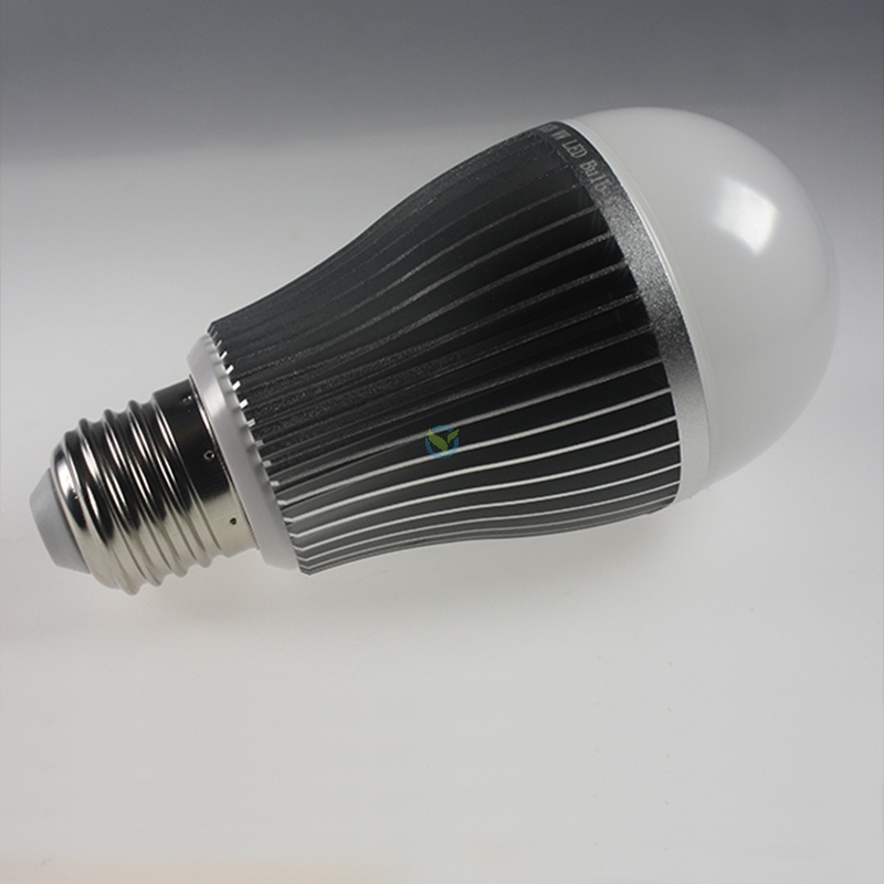 led e27 rgbww leuchtmittel wifi wlan gesteuert. Black Bedroom Furniture Sets. Home Design Ideas