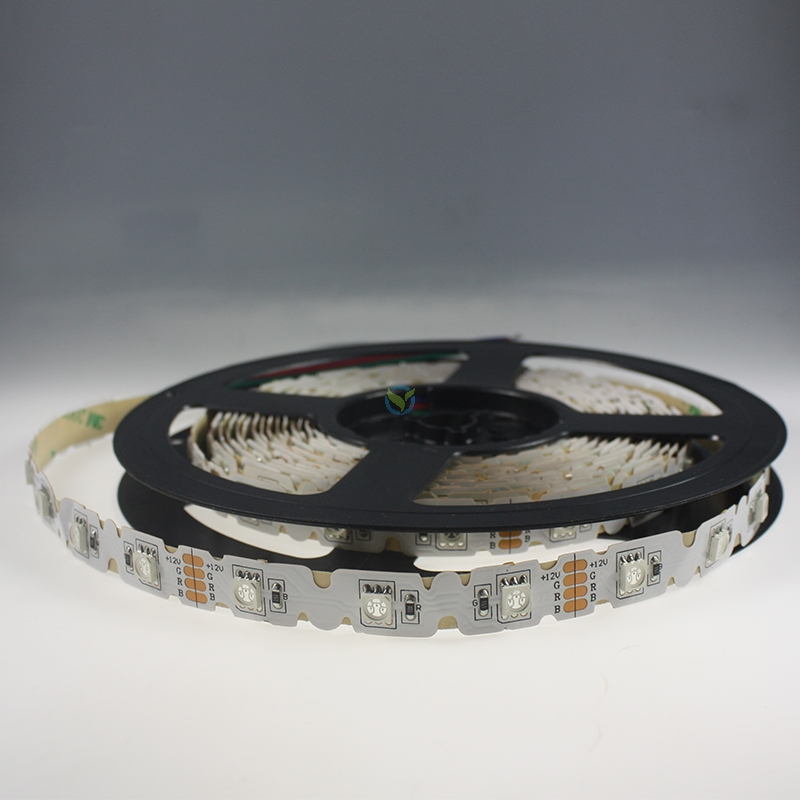 knickbares rgb farbwechsel led lichtband 12v 10w m. Black Bedroom Furniture Sets. Home Design Ideas