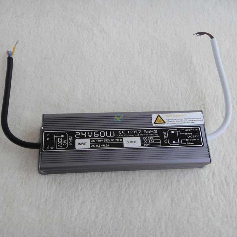 Wetterfestes Netzteil Einbaunetzteil 24 Volt DC Gleichstrom 2,5A ca. 60 Watt