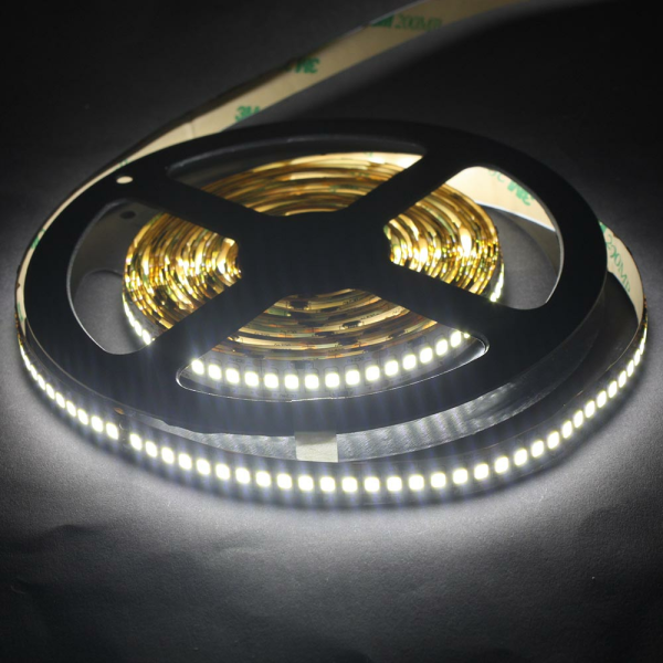 LED Lichtband 240 LED/M 5m Strip 24W/M mit 24VDC 2835 SMD IP65