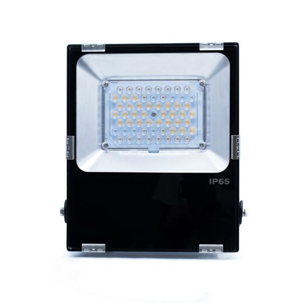 LED Fluter RGBWW Farbwechsel Slim gesteuert 50 Watt
